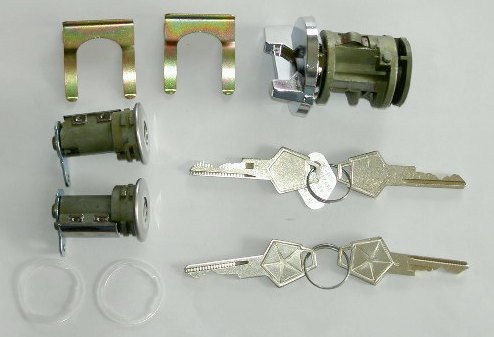 1972-1974 Ignition & Door Lock Kit Original Shape