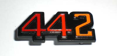 1970-1972 442 GLOVEBOX EMBLEM